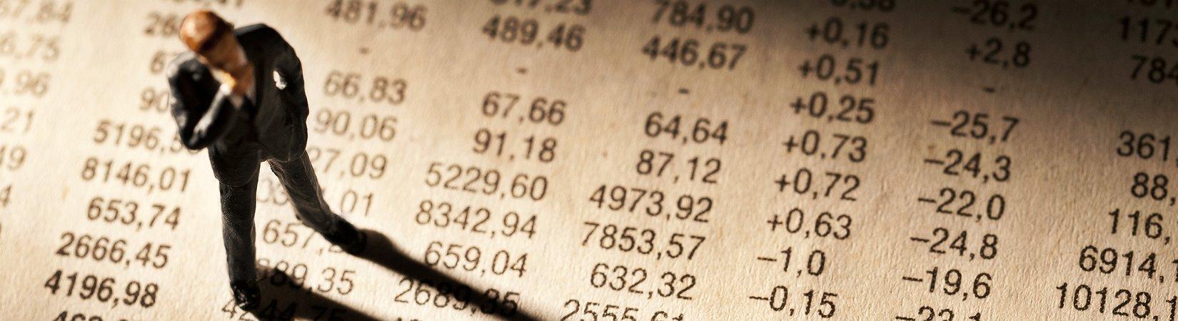 Биткоин за сутки подешевел почти на 15%