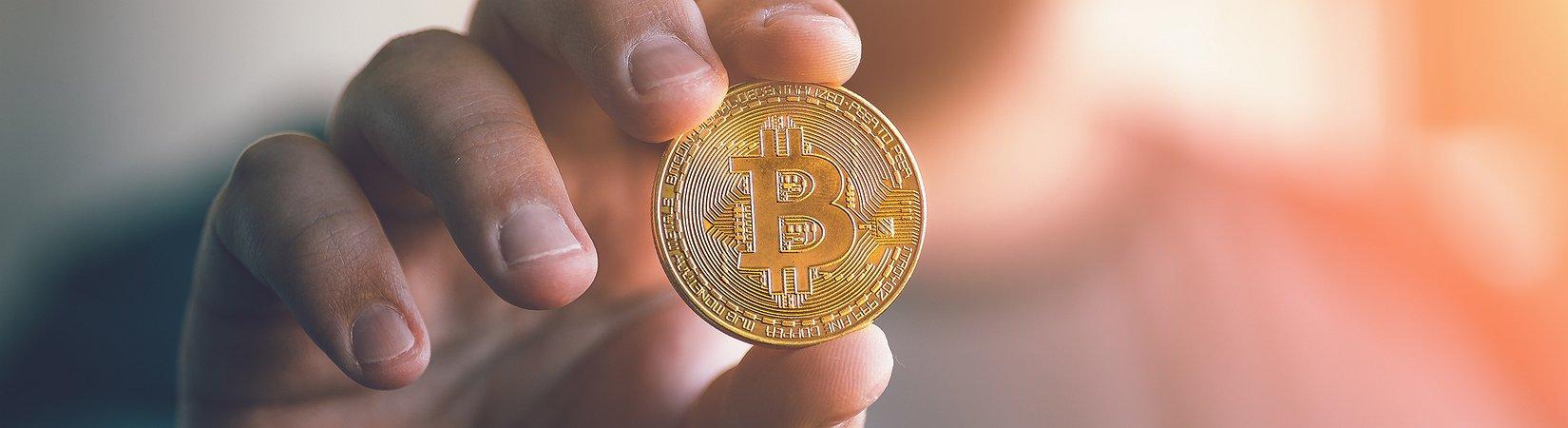 Bitcoin se aproximou dos 6.000 dólares pela primeira vez