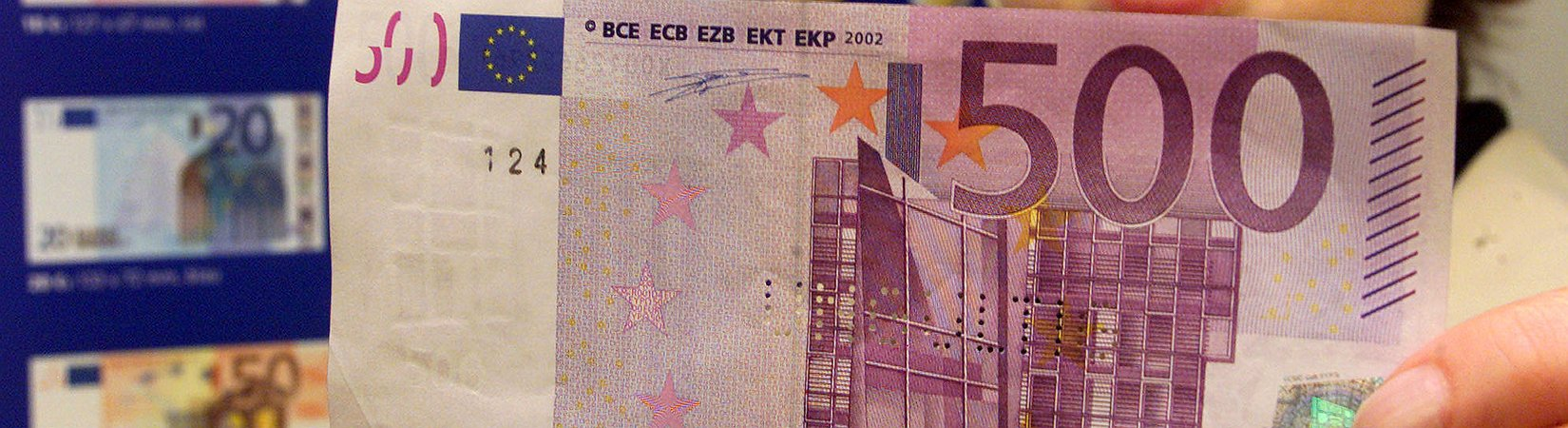 Почему у евро все впереди