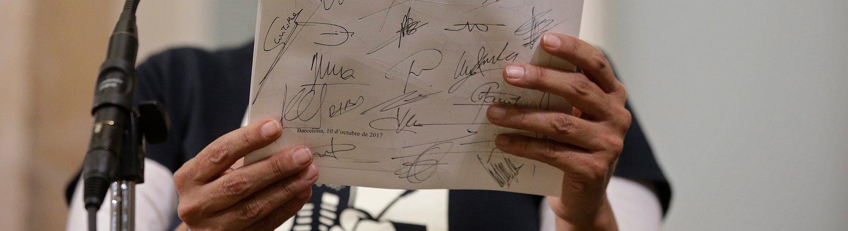 Каталония подписала декларацию о независимости от Испании