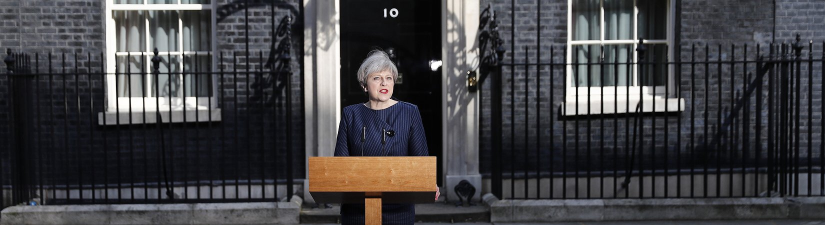 May convoca elecciones anticipadas para el 8 de junio