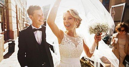 Четыре свадьбы и одни похороны: Как использовать блокчейн в обычной жизни
