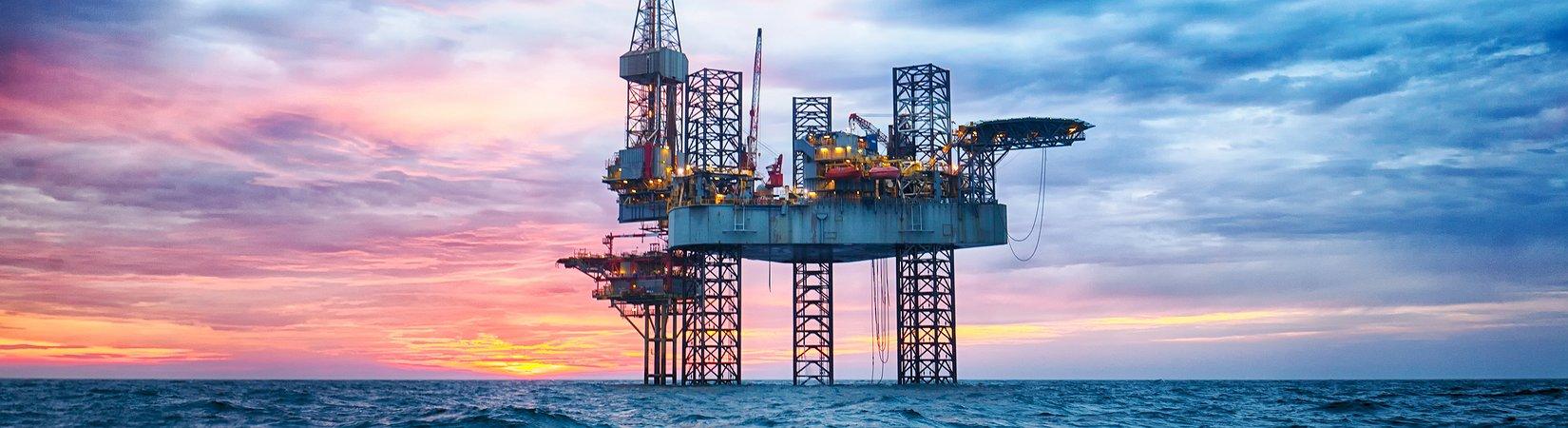 МЭА повысило прогноз по росту спроса на нефть в 2017 году