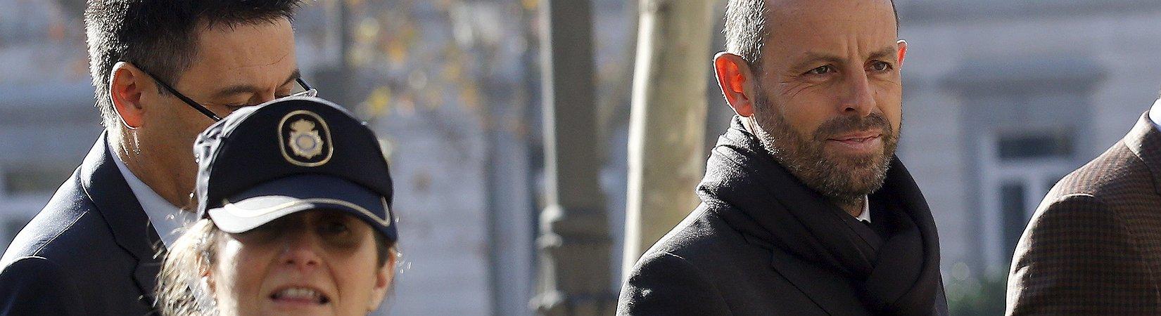 Detienen el expresidente del Barcelona Sandro Rosell por blanqueo de capitales