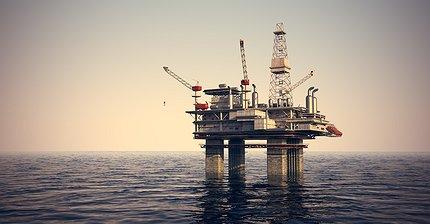 Обзор рынка: Европейские индексы растут после отчетов, нефть резко подорожала