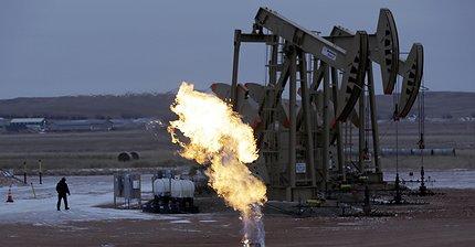 Обзор рынка: Европейские индексы колеблются, на форексе спокойно, в центре внимания нефть