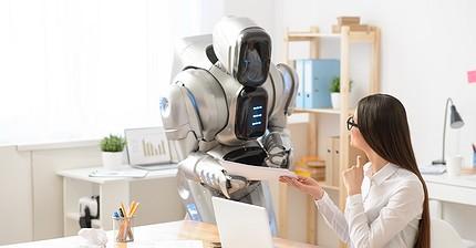 Европа отказалась от идеи Гейтса ввести налог на труд роботов