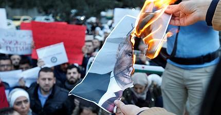 El éxito de Rusia en Oriente Medio le hace ganar nuevos enemigos