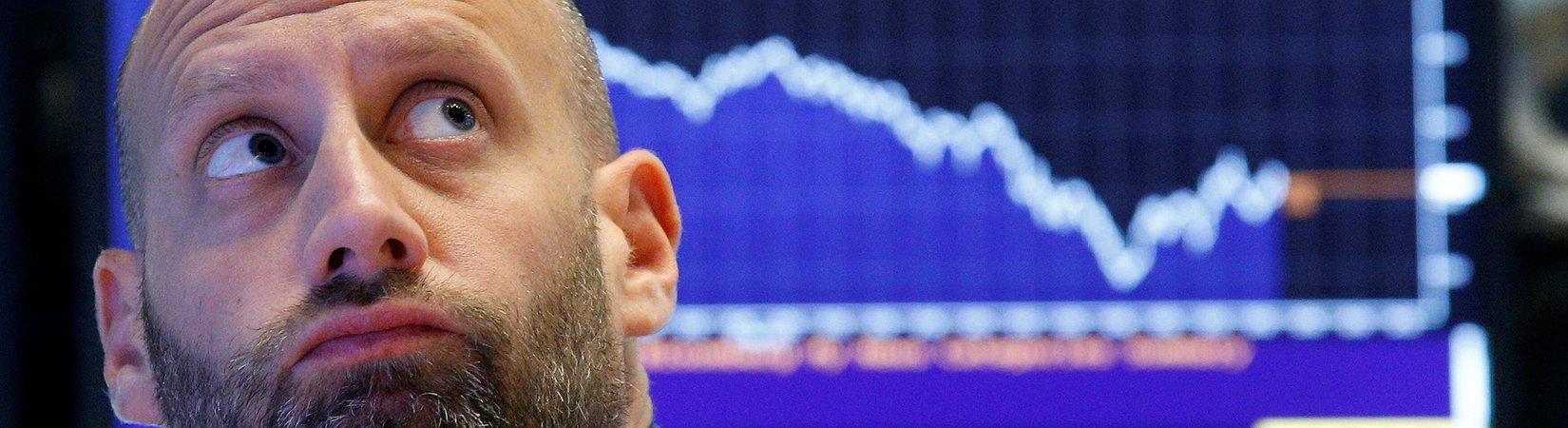 Caen las acciones del mercado estadounidense en medio de la creciente atención a las decisiones recientes de Trump