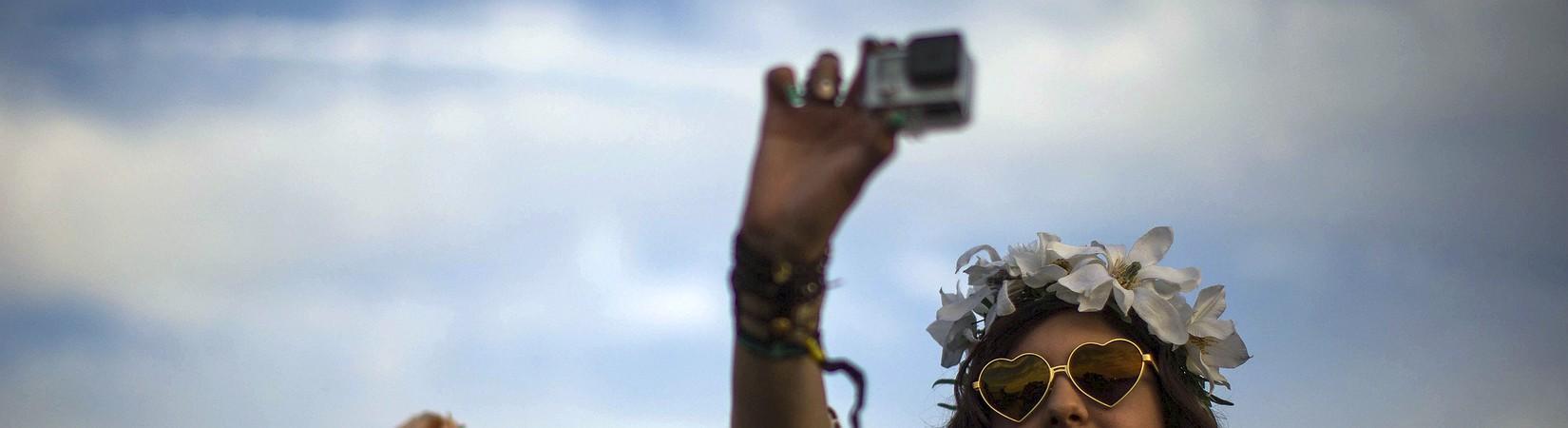 GoPro presenta su nueva cámara y dron plegable