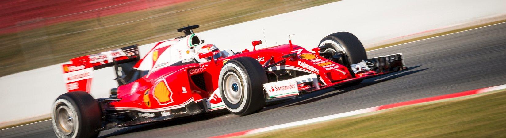 Ferrari im Stau
