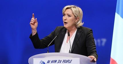 """Marine Le Pen: """"La Guerra Fredda tra Europa e Russia rappresenta una minaccia"""""""