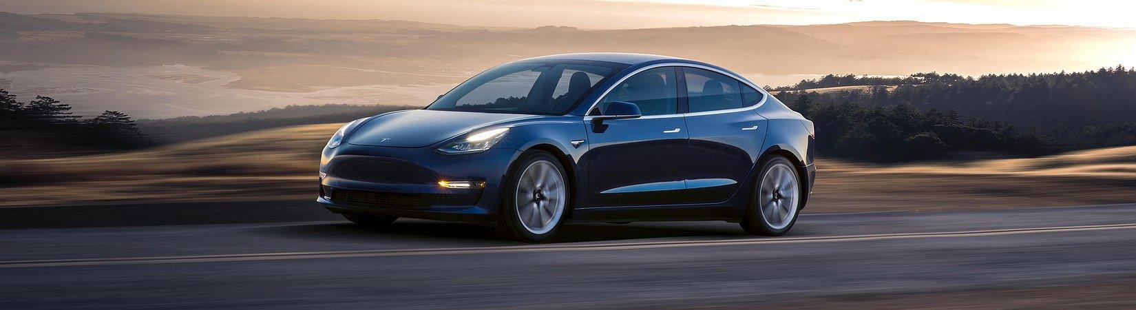 Tesla regista atrasos na produção do Model 3