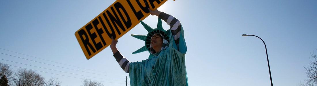 Вся жизнь в кредит: Что нужно знать об американском долге