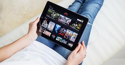 Las acciones de Netflix caen un 14%