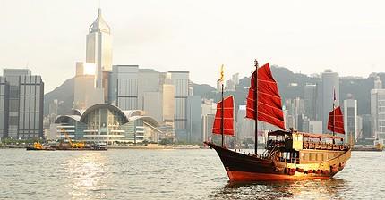 «Бумажные миллиардеры» Гонконга: Почему акции их компаний растут на 9800%