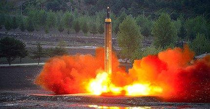 Фото дня: Северная Корея провела запуск новой баллистической ракеты