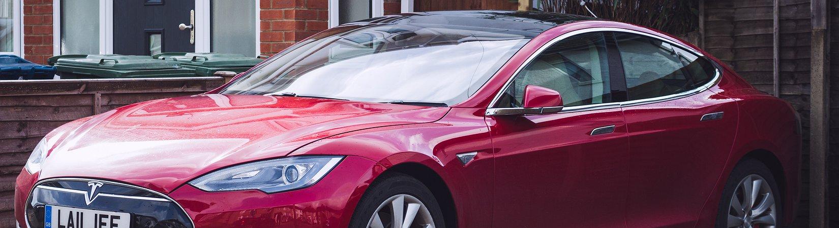 سيارة Model 3 مقابل Model S.. ماذا ننتظر من تقرير Tesla
