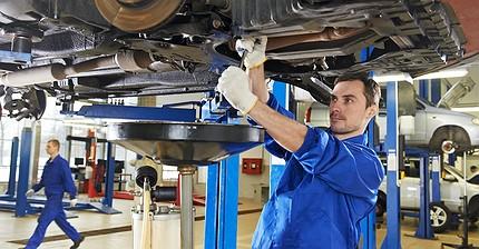 Los fabricantes de automóviles invierten dinero en España