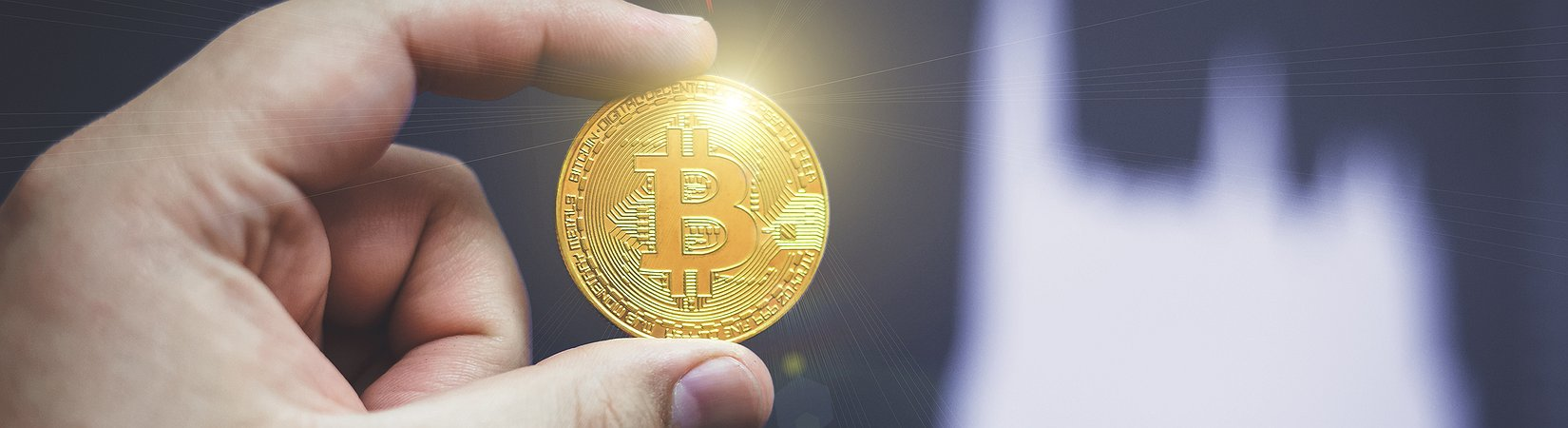 Analyst Predicts Bicoin Price to Rise above $50,000