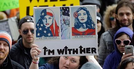 Donald Trump firma il secondo bando sull'immigrazione