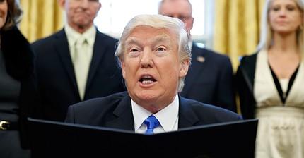 Qué acciones se beneficiarán si Trump rompe el TLCAN