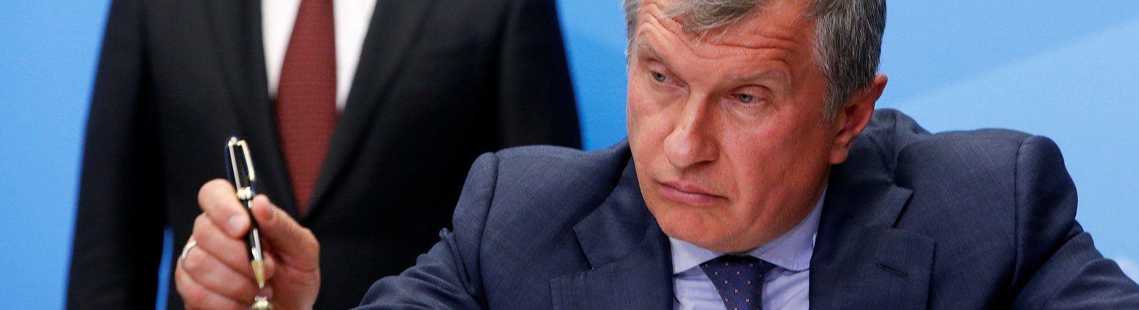 Rusia va a privatizar Rosneft, la mayor petrolera del país