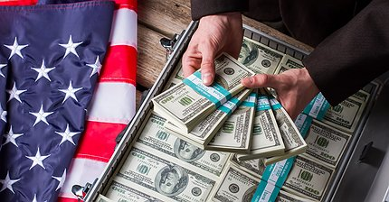 Как выглядят $20 трлн госдолга США в стодолларовых купюрах