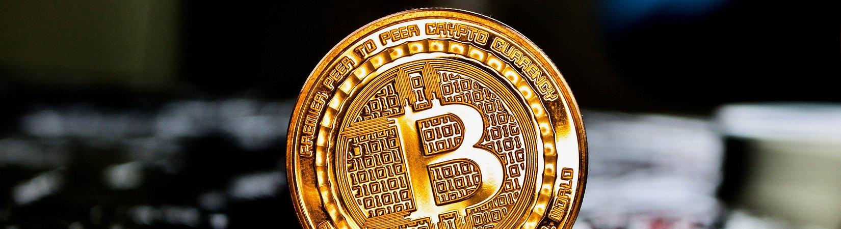 Il bitcoin ha raggiunto nuovi massimi, superata quota 2.100 $