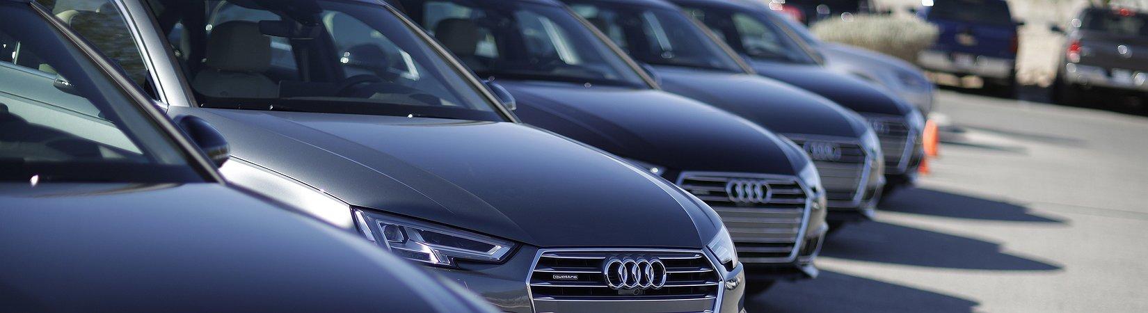 Trump promette dazi sulle auto tedesche e la Germania minaccia di fargli causa