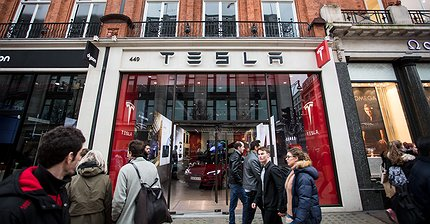 Продажи автомобилей Tesla выросли на 53%