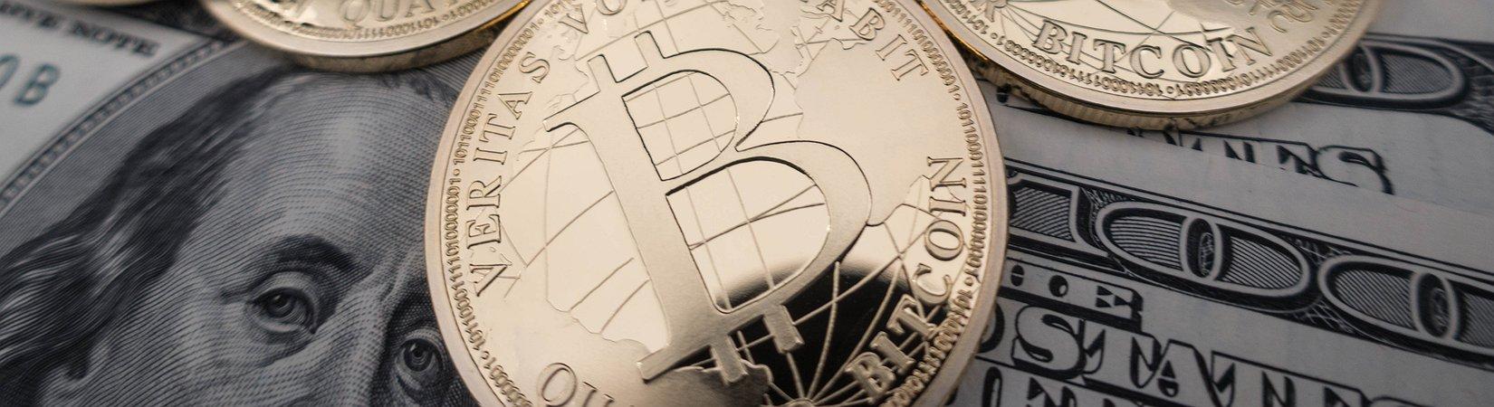 Il bitcoin continua a correre e supera quota 13.000 dollari