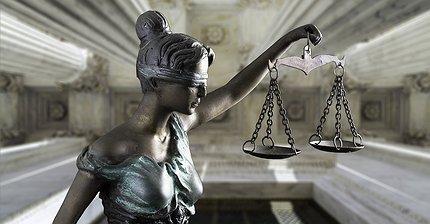 Каков правовой статус ICO: Несколько теорий