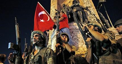 Las imágenes del intento de golpe de estado en Turquía