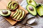 Conselho de um milionário: deixe de comprar abacate se quiser ter sua casa de sonho