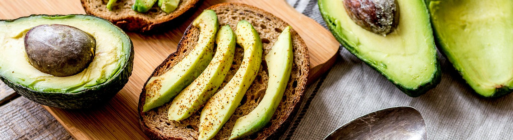 Совет миллионера: Хочешь дом мечты — откажись от авокадо