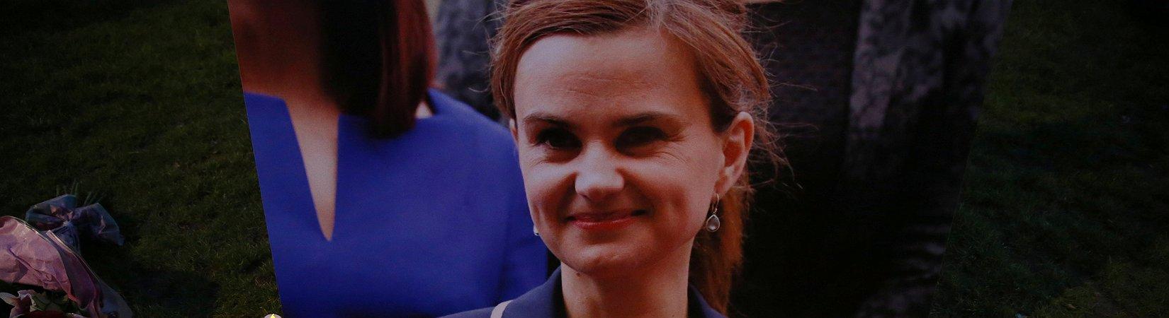 El Reino Unido suspende la campaña tras el asesinato de una diputada