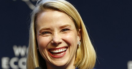 The EU gives an approval to Verizon's acquisition of Yahoo