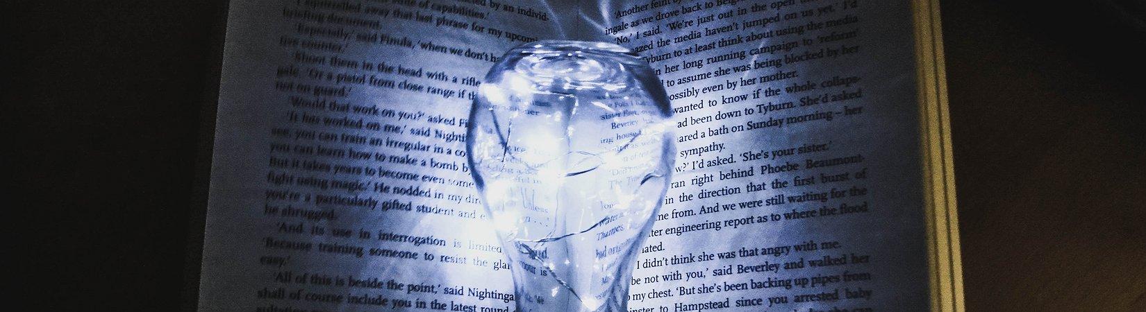 تسعة كتب لأولئك الذين يريدون الاهتداء في عالم التكنولوجيا