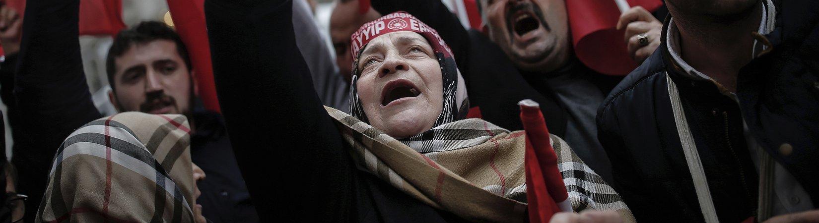 Turquía tacha a los Países Bajos de fascistas