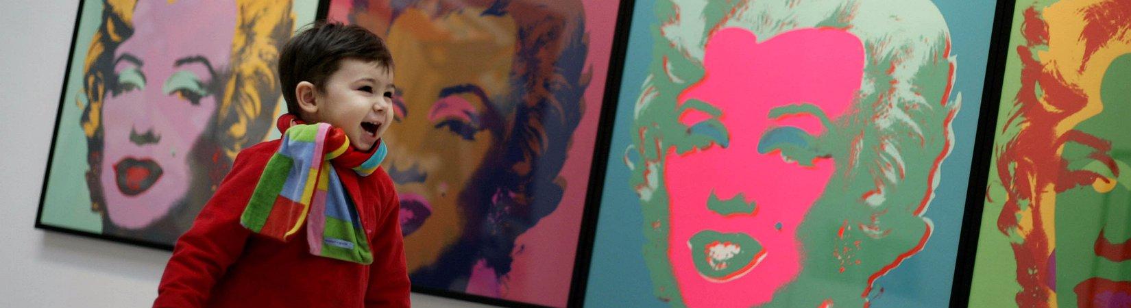 Мертвые души: Как заработать миллионы на Элвисе и Мэрилин Монро