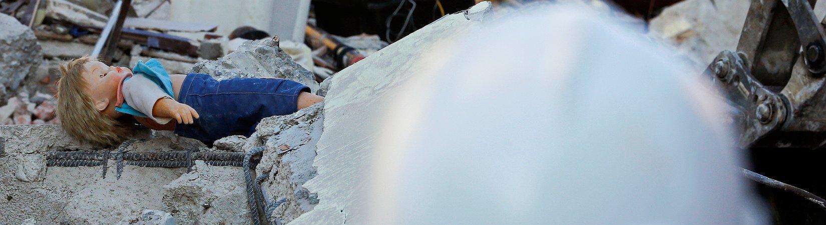 Las víctimas del terremoto en Italia ascienden a 247
