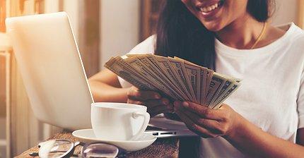 Как грамотно распоряжаться деньгами в молодости