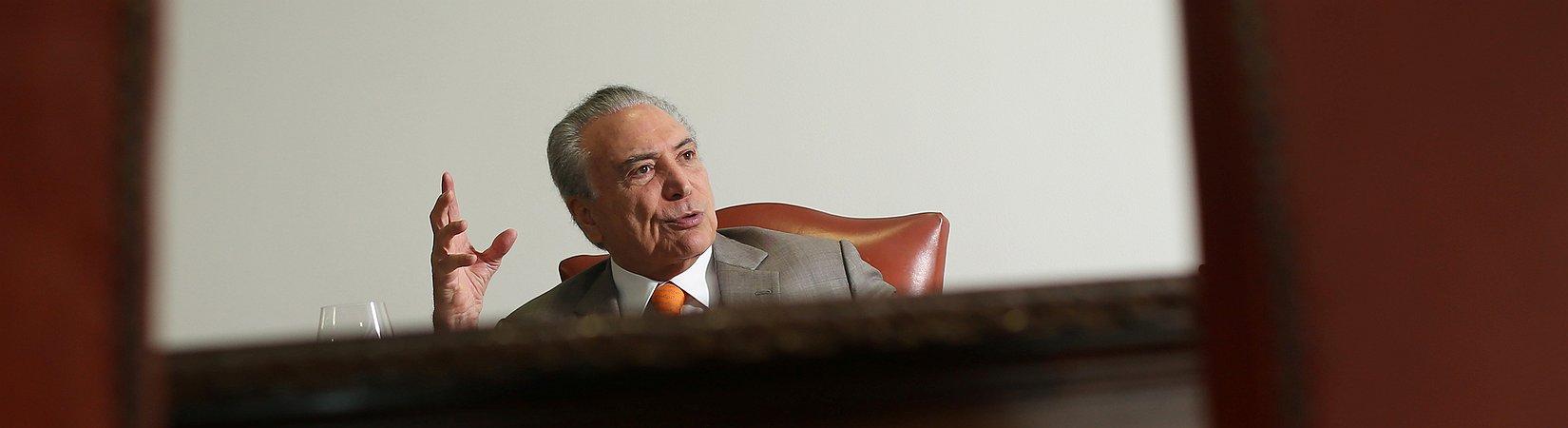 Temer afirma que coligação governamental permanece firme