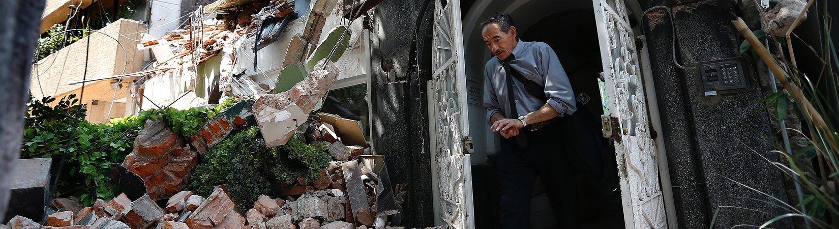 Más de 240 muertos por un terremoto en México