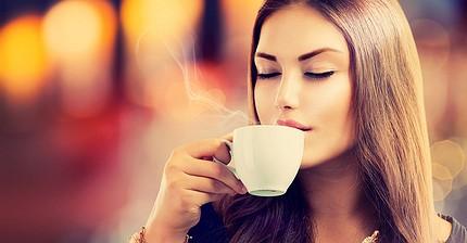 Resultado de imagem para beber café