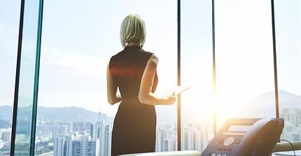 ¿Qué convierte a las mujeres en mejores inversores que los hombres?