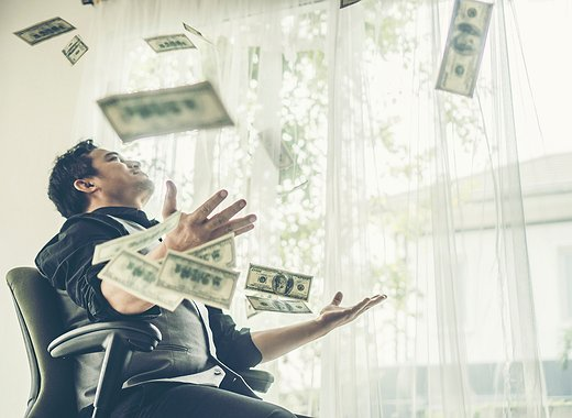 Un millonario provoca una lluvia de dinero en Hong Kong para llamar la atención sobre el bitcoin