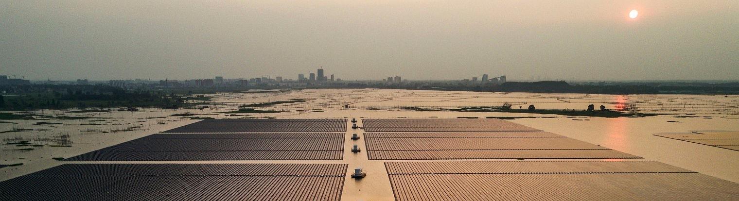Как Китай стал лидером солнечной промышленности