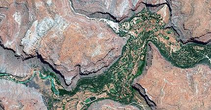 8 lugares remotos vistos desde el espacio